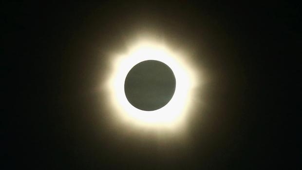 link: http://www.cbc.ca/news/technology/rare-hybrid-solar-eclipse-to-appear-sunday-1.2325257?cmp=fbtl