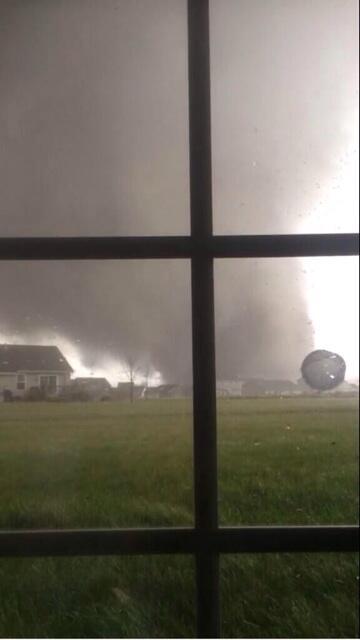 Storm building, source: http://imgur.com/Dbsa6Hk